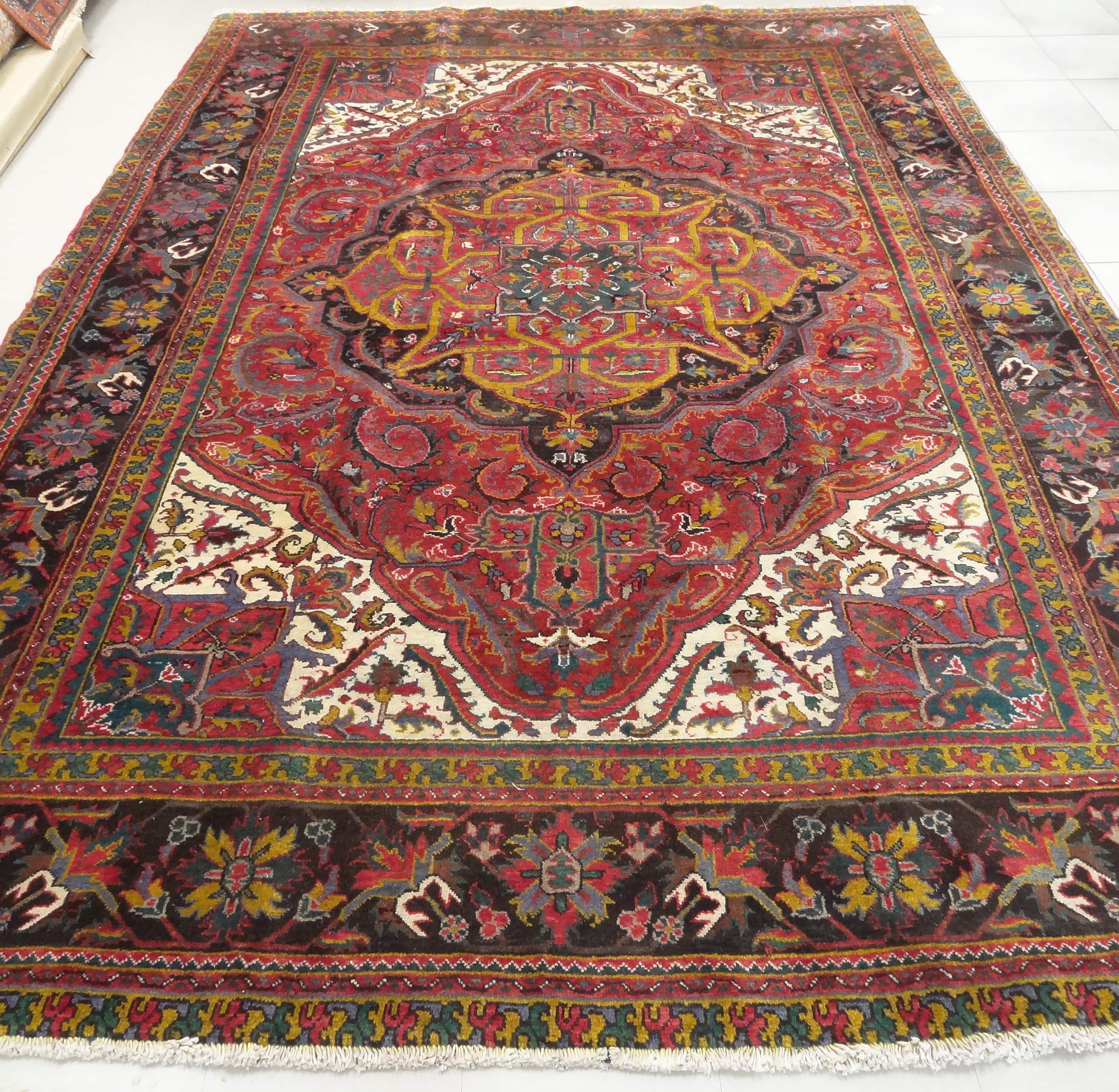 Persian Rugs From Iran: Heriz Persian Rug Heriz Persian Rug Made In Iran, This 60